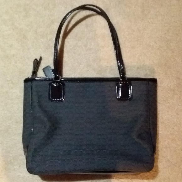 9db167a6 Coach Medium-Sized Women's Work Bag